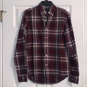 NWT American Eagle Burgundy Plaid Dress Button-Up